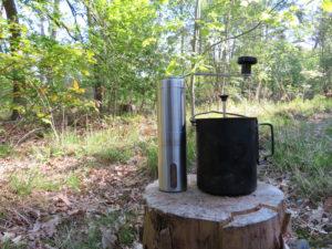 Koffiemolen en toaks kookpot